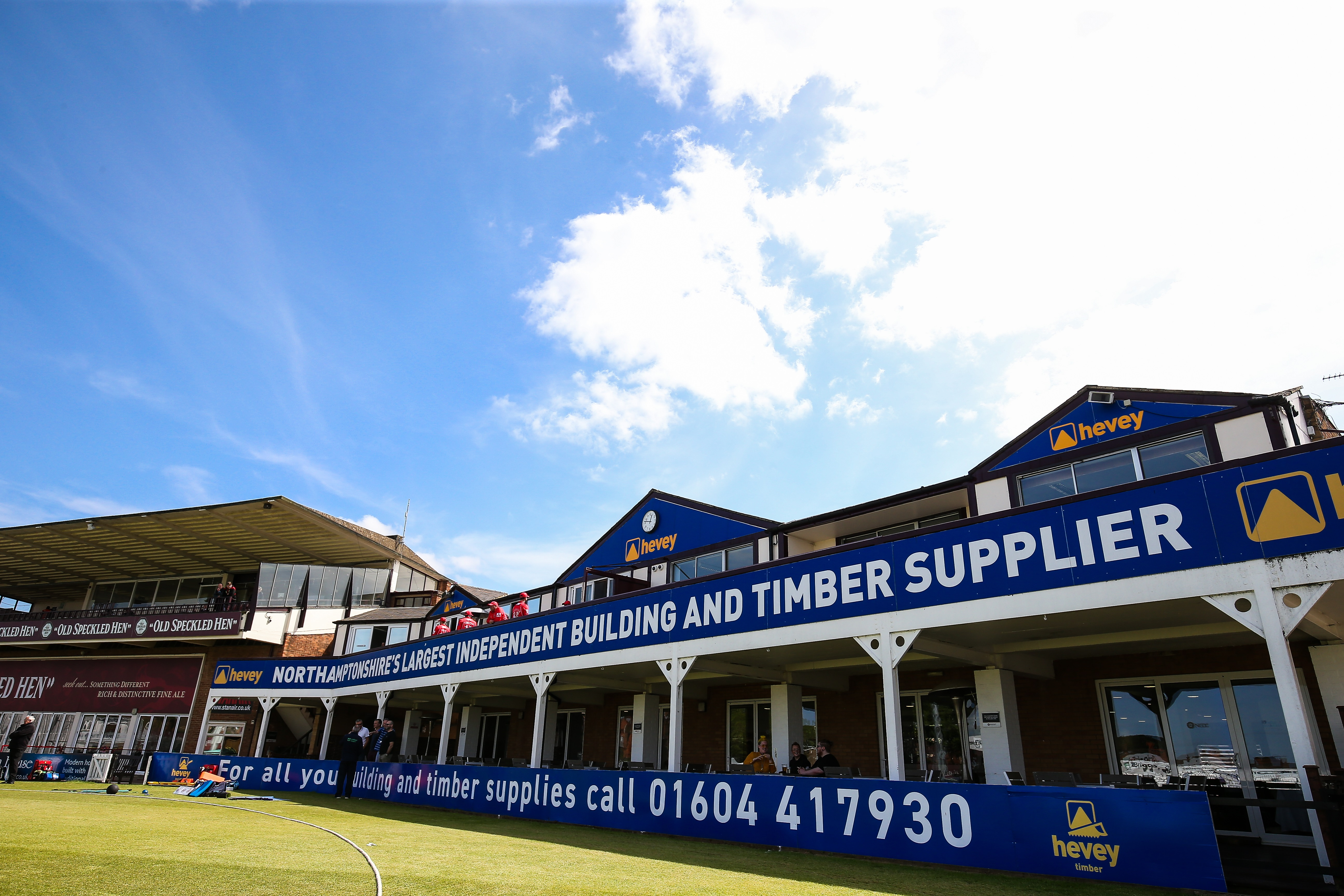 Hevey Building Supplies extend commitment to Northamptonshire CCC