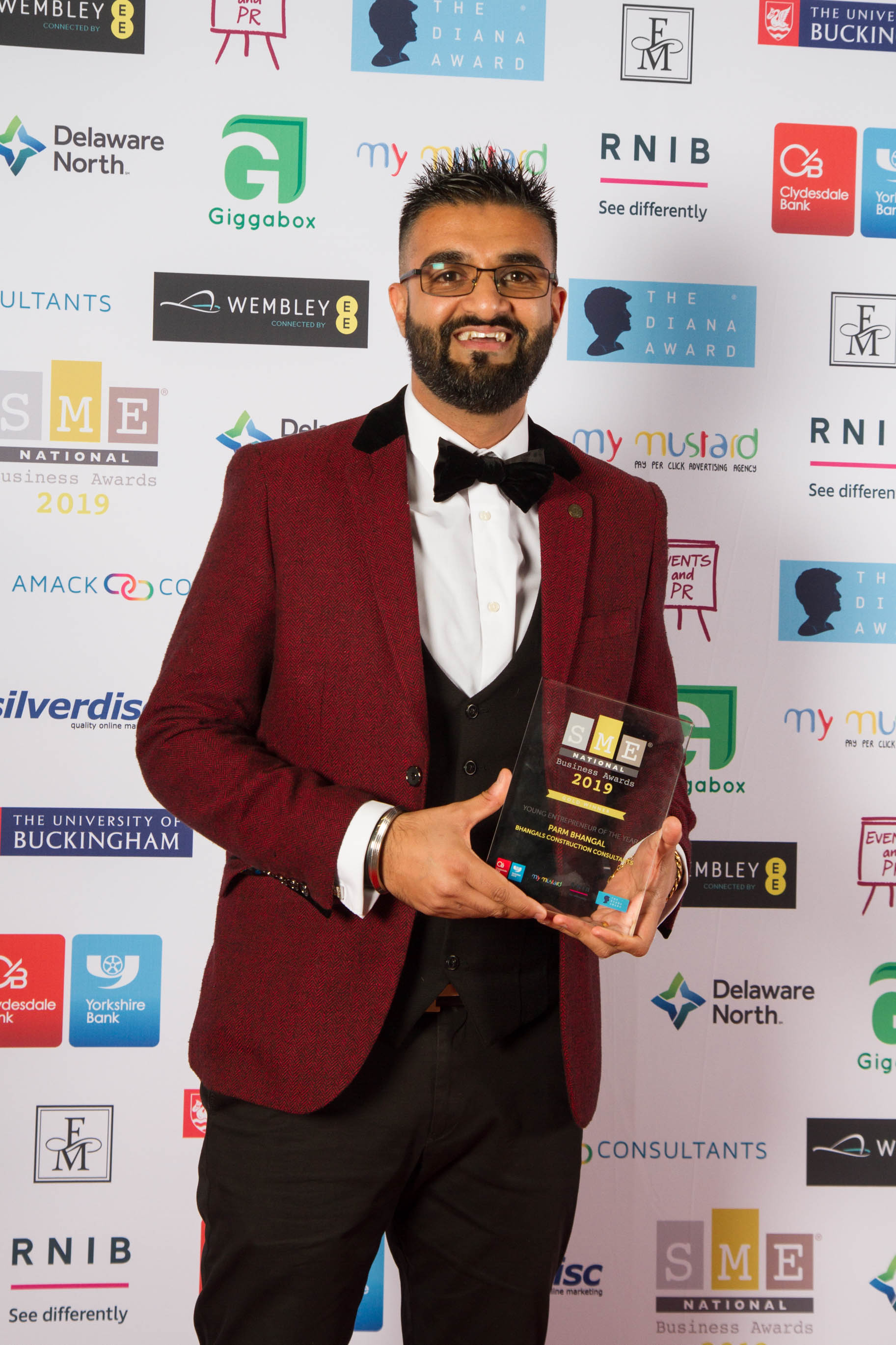 National award rounds off winning year for Northampton entrepreneur