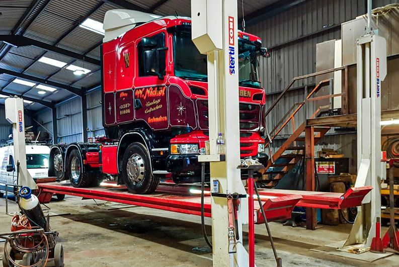 Scottish Haulier relies on Stertil Koni Lifting Equipment